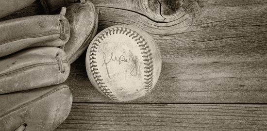 How to Find the Value of Autographed Sports Memorabilia