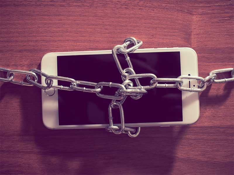 How to Sell Locked Phones Online
